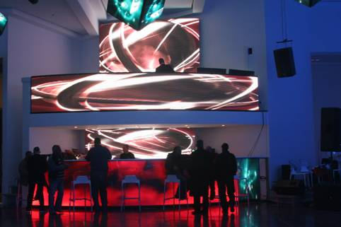 עיצוב גופי תאורה לאולמות אירועים