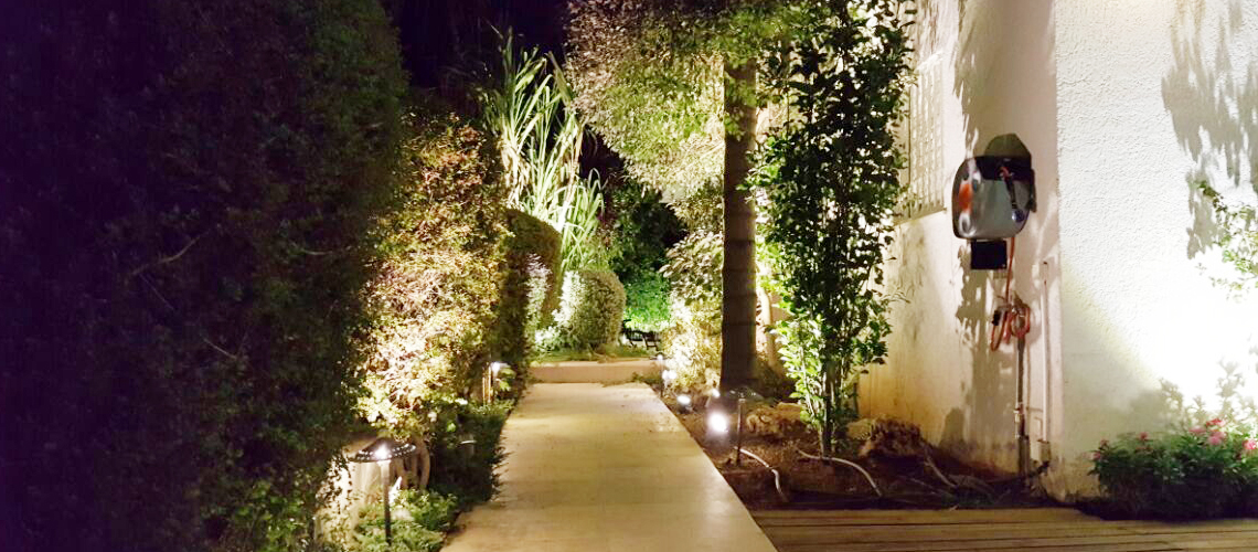 תאורת גן